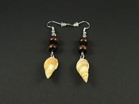 Boucles d'oreilles fantaisie coquillages et perles de bois