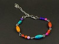 Chainette de pied décorée de perles acryliques colorées