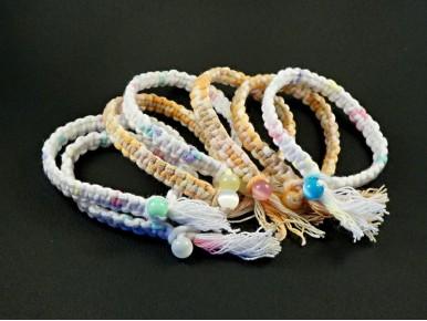 Bracelet tissé à la main avec du fil mutibrin