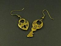 Boucles d'oreilles couleur bronze cadenas et clé