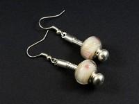 Boucles d'oreilles fantaisie perle Pandora fleurie