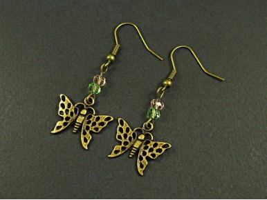 Boucles d'oreilles papillons avec des perles à facettes