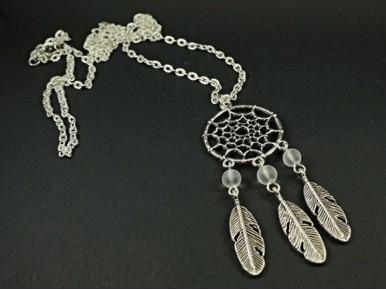 Collier long attrape-rêve et perles couleur au choix