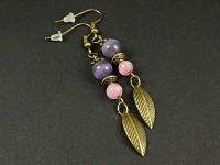 Boucles d'oreilles perles et breloques couleur bronze