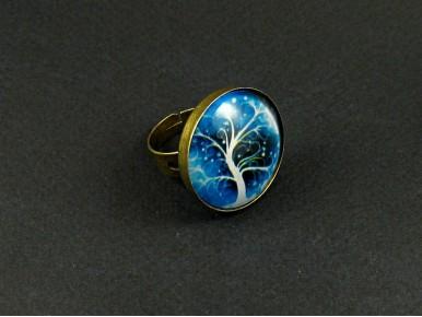 Bijoux fantiaise bague en verre avec un décor d'arbre bleu