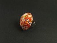 Bague fantaisie résine avec des billes multicolores