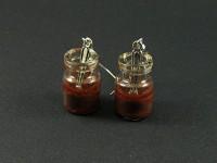 Boucles d'oreille mini bocaux de verre rempli de résine marron