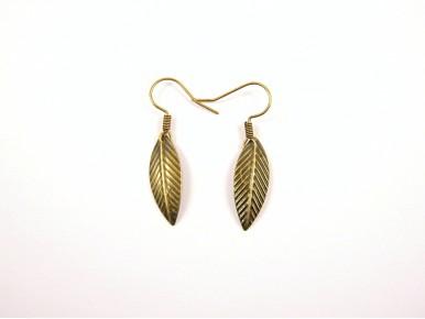 Boucles d'oreilles fines feuilles couleur bronze