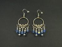 Boucles d'oreilles connecteur argenté et perles de verre bleues