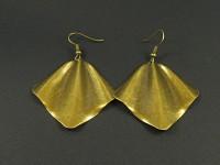 Boucles d'oreilles métalliques pliées