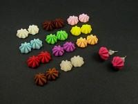 Boucles d'oreille puce meringues aux colores toniques