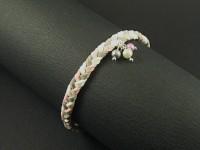 Bracelet en suédine tricolore et mini perles nacrées