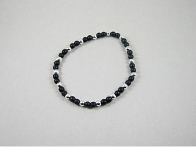 Bracelet perles noires et argentées