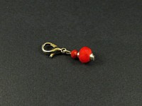 Charm perles facettes rouges intense
