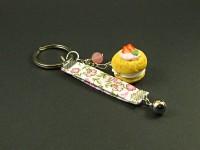 Porte-clés gourmand chou chantilly et son ruban