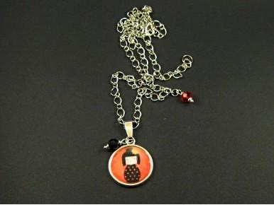 Collier fantaisie pendentif kokeshi