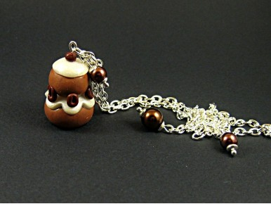 Collier long religieuse au chocolat avec perles de verre marron