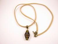 Collier perle de verre décoré