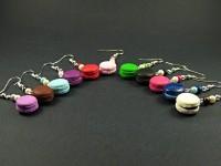 Boucles d'oreilles mini macarons cerise et perles nacrées