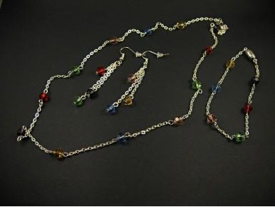 Parure fantaisie complète chaine argentée et perles de verre facettées