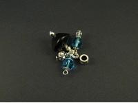 Pendentif aux perles bleues et noires